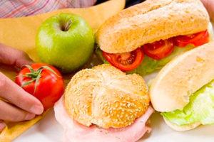 Luxe broodjes catering bezorgd aan huis